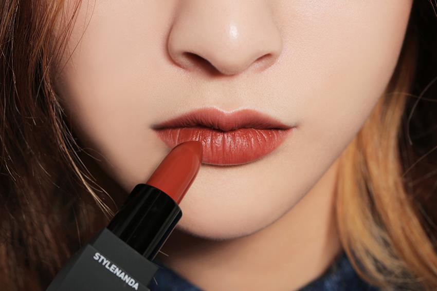 Son 3CE x Lily Maymac Matte Lip Color